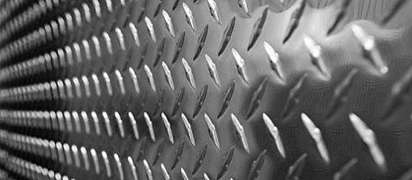 Cтальной лист с ромбическим рифлением: основные характеристики