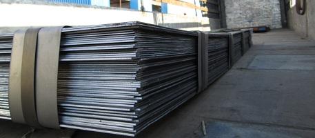 Как избежать повреждения нержавеющей стали: правила погрузки, эксплуатации и хранения металла