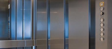 Отделка кабин лифтов нержавеющей сталью